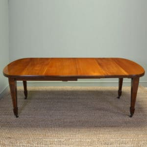 Magnificent Quality Victorian Mellow Walnut Antique Dining Table
