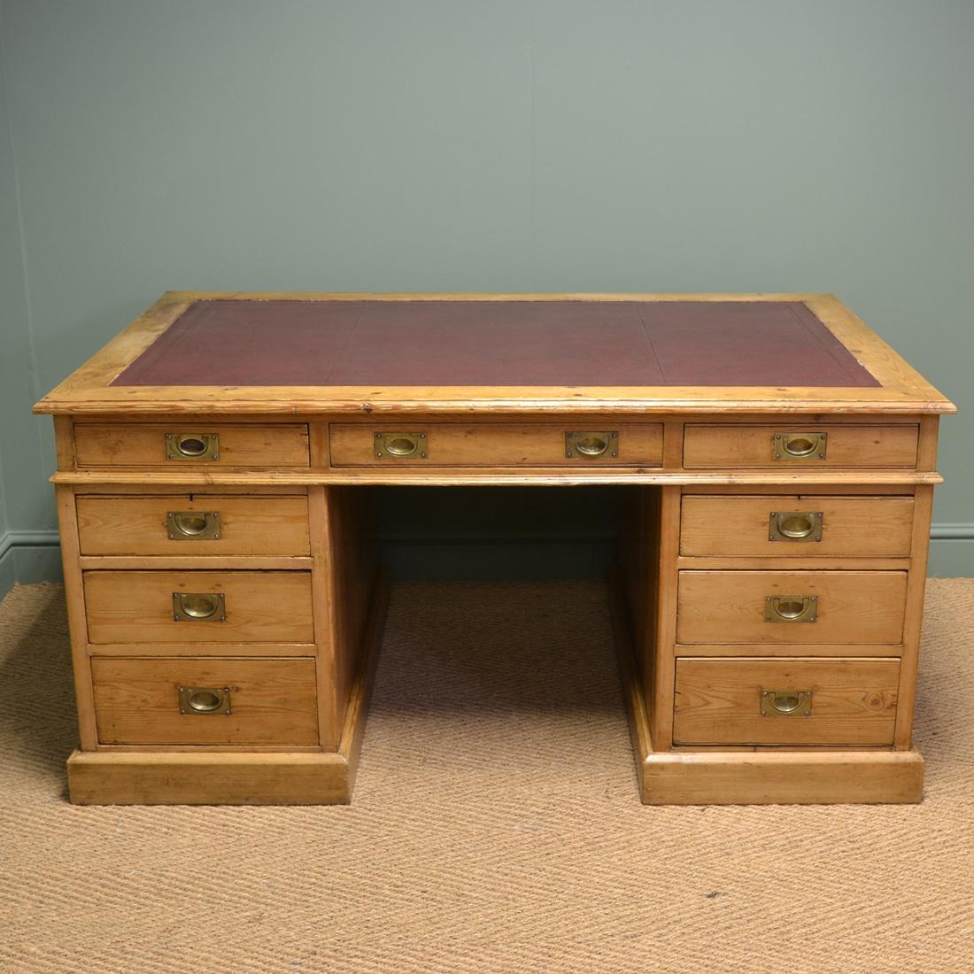 Large Edwardian Antique Pine Pedestal Desk - Large Edwardian Antique Pine Pedestal Desk - Antiques World