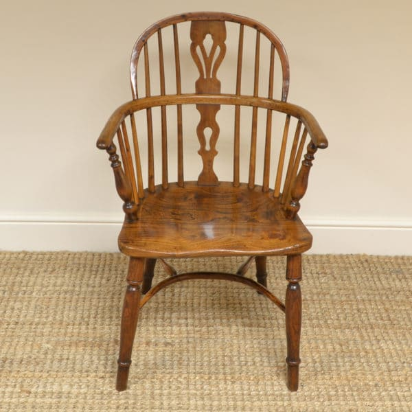 Quality Country House Yew & Elm Georgian Antique Windsor Chair