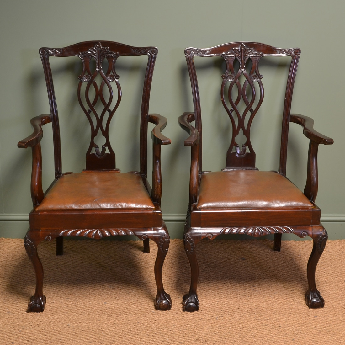 Chippendale Furniture: Sensational Pair Of Walnut Edwardian Chippendale Design