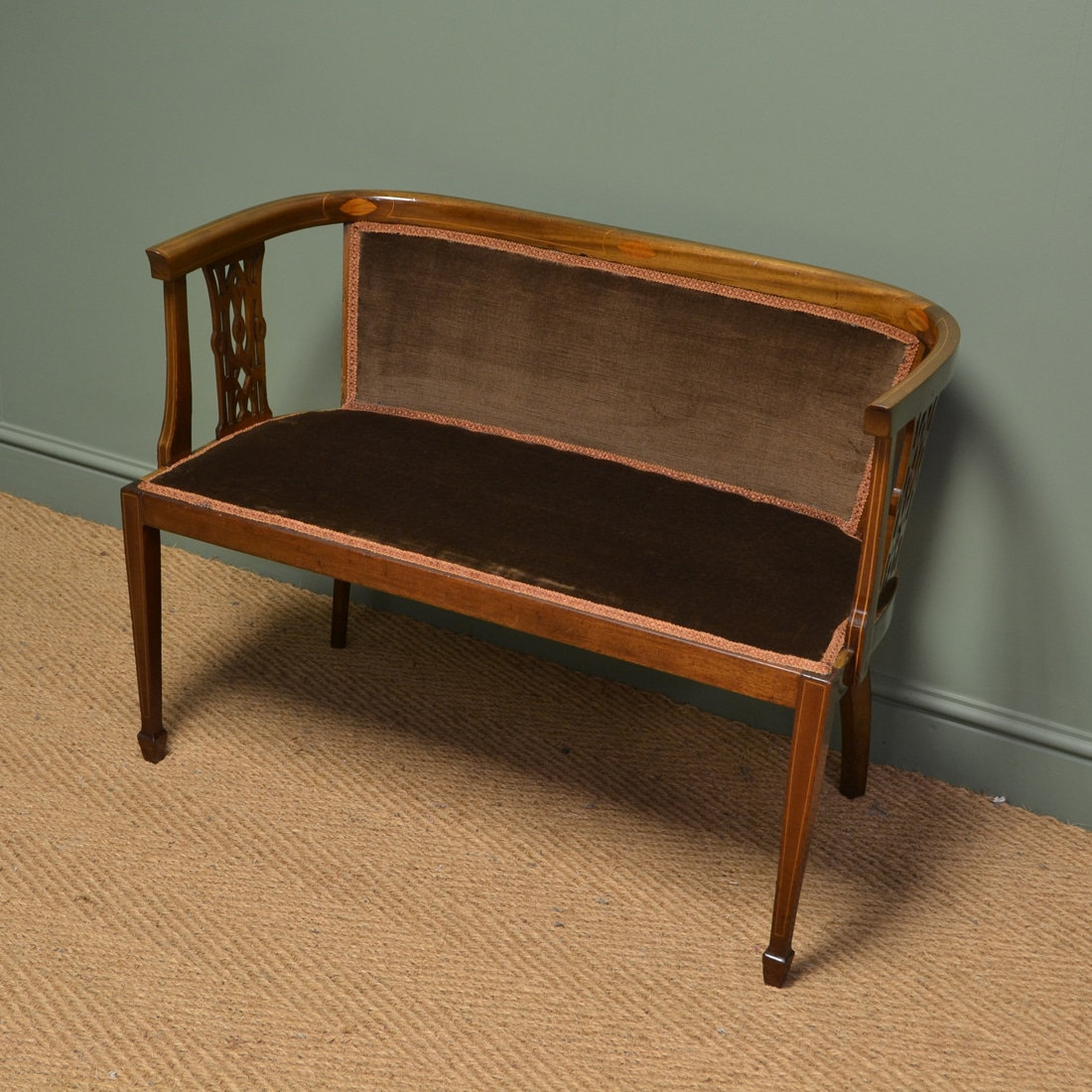 Elegant Edwardian Small Mahogany Antique Salon Settee