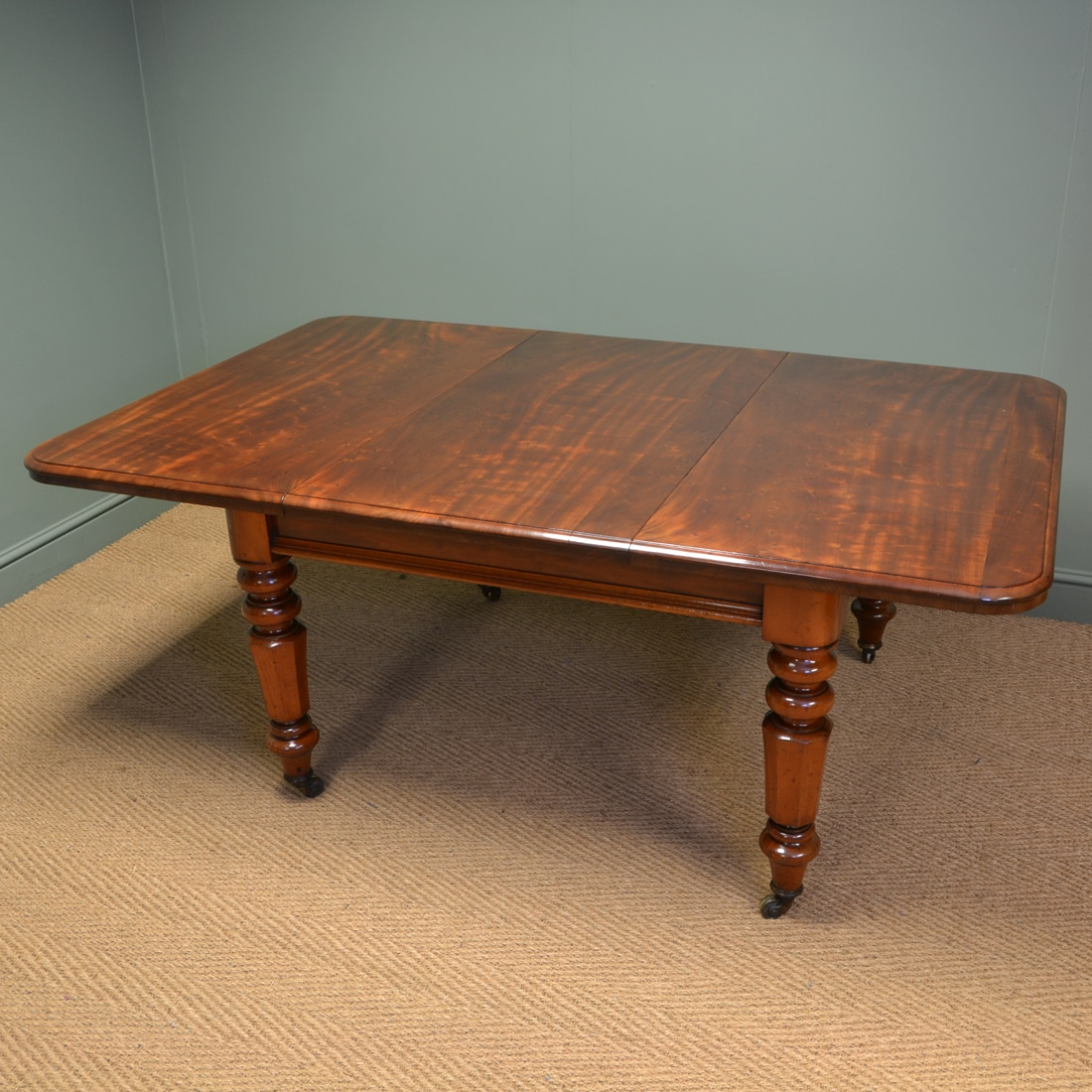 Spectacular Victorian Plum Pudding Extending Antique Dining Table - Antiques World & Spectacular Victorian Plum Pudding Extending Antique Dining Table ...