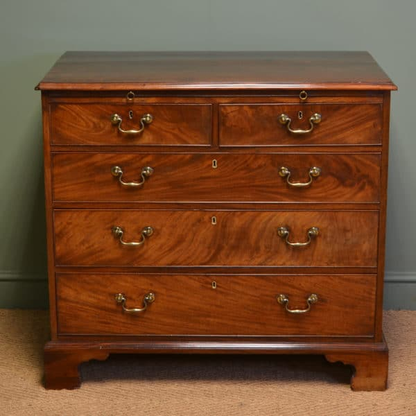 Quality Country George III Gillows Antique Chest Of Drawers