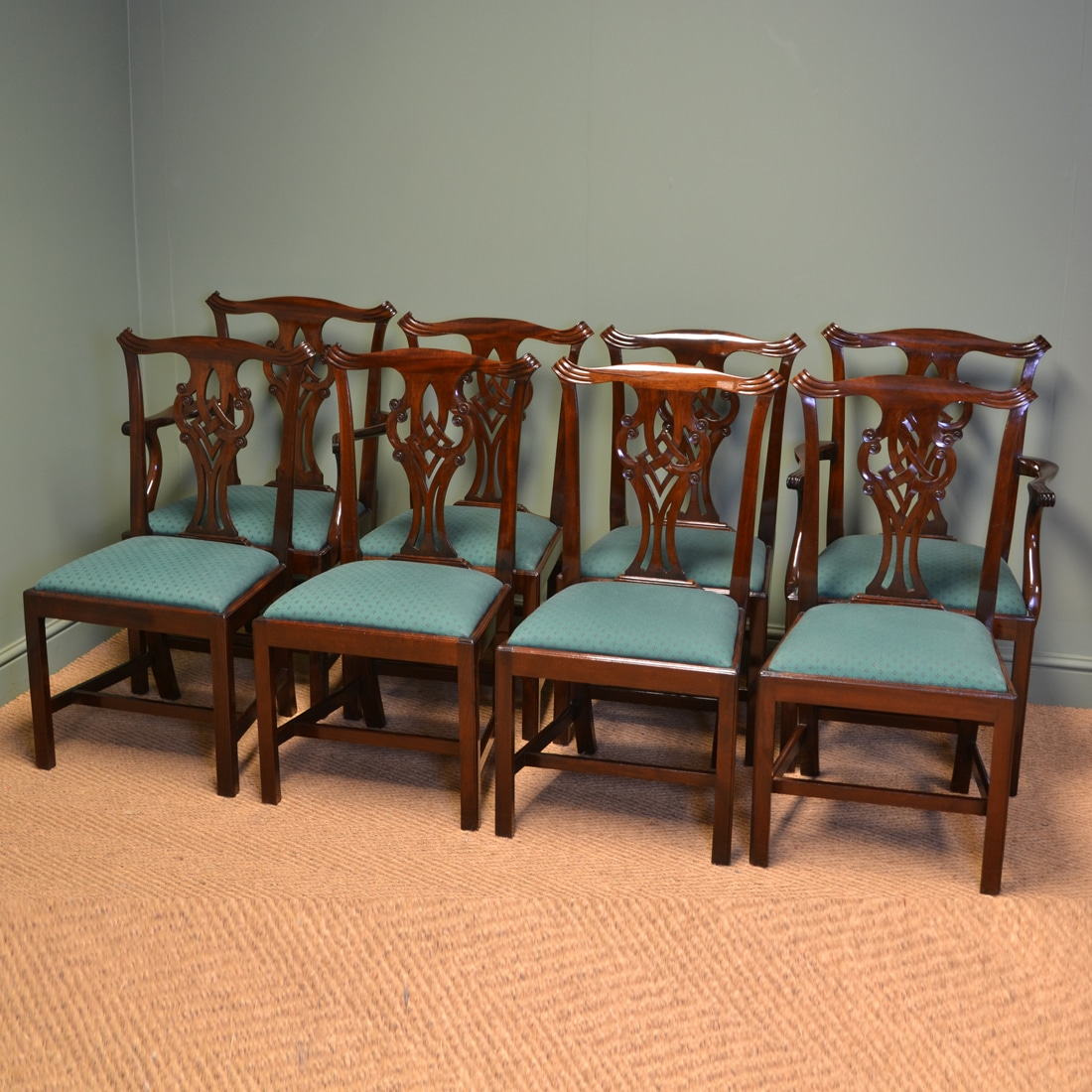 Consisting of two carver arm chairs and six dining chairs, this wonderful  set are truly - Spectacular Quality Set Of Eight Victorian Chippendale Design