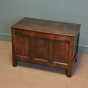 Beautiful Country House Figured Oak Small Antique Coffer