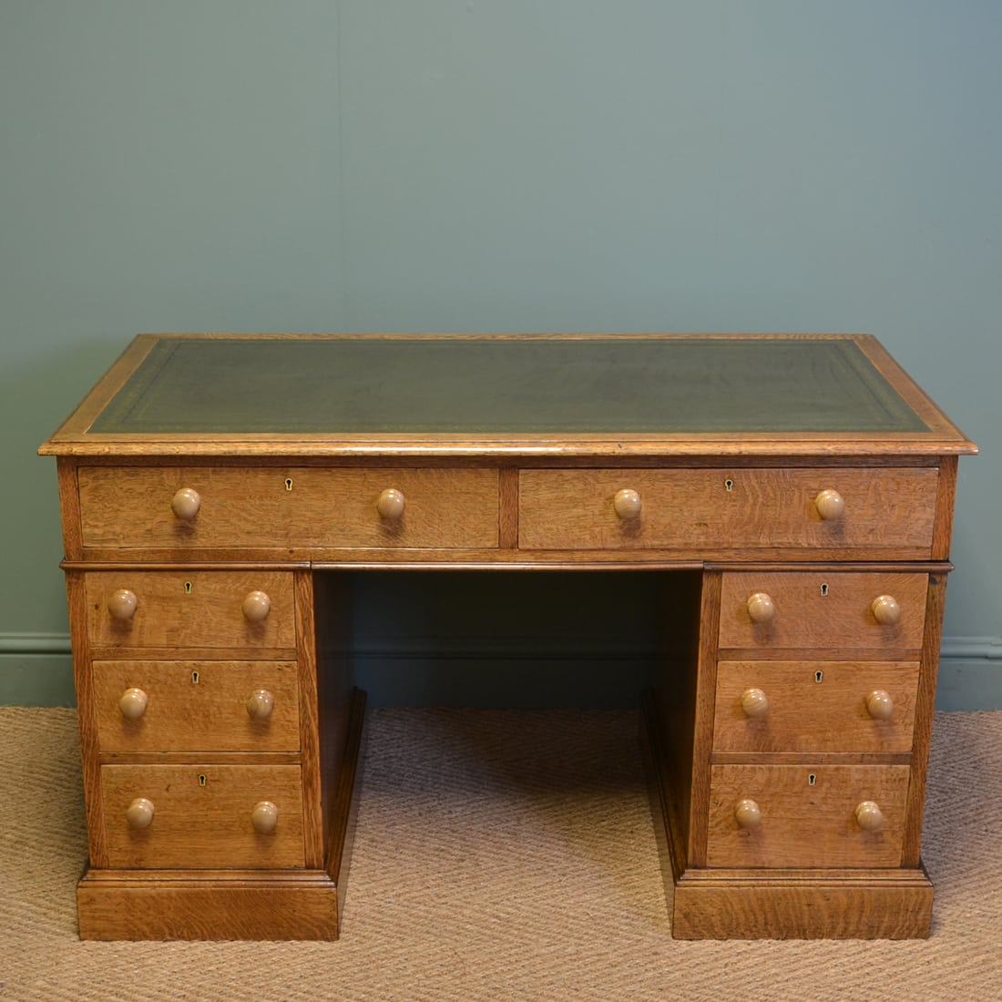 Stunning Golden Oak Edwardian Antique Pedestal Desk