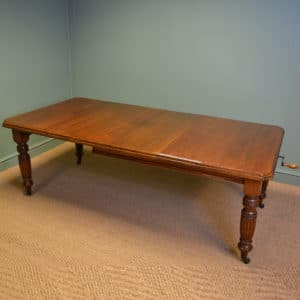 Quality Victorian Walnut Antique Wind Out Extending Dining Table