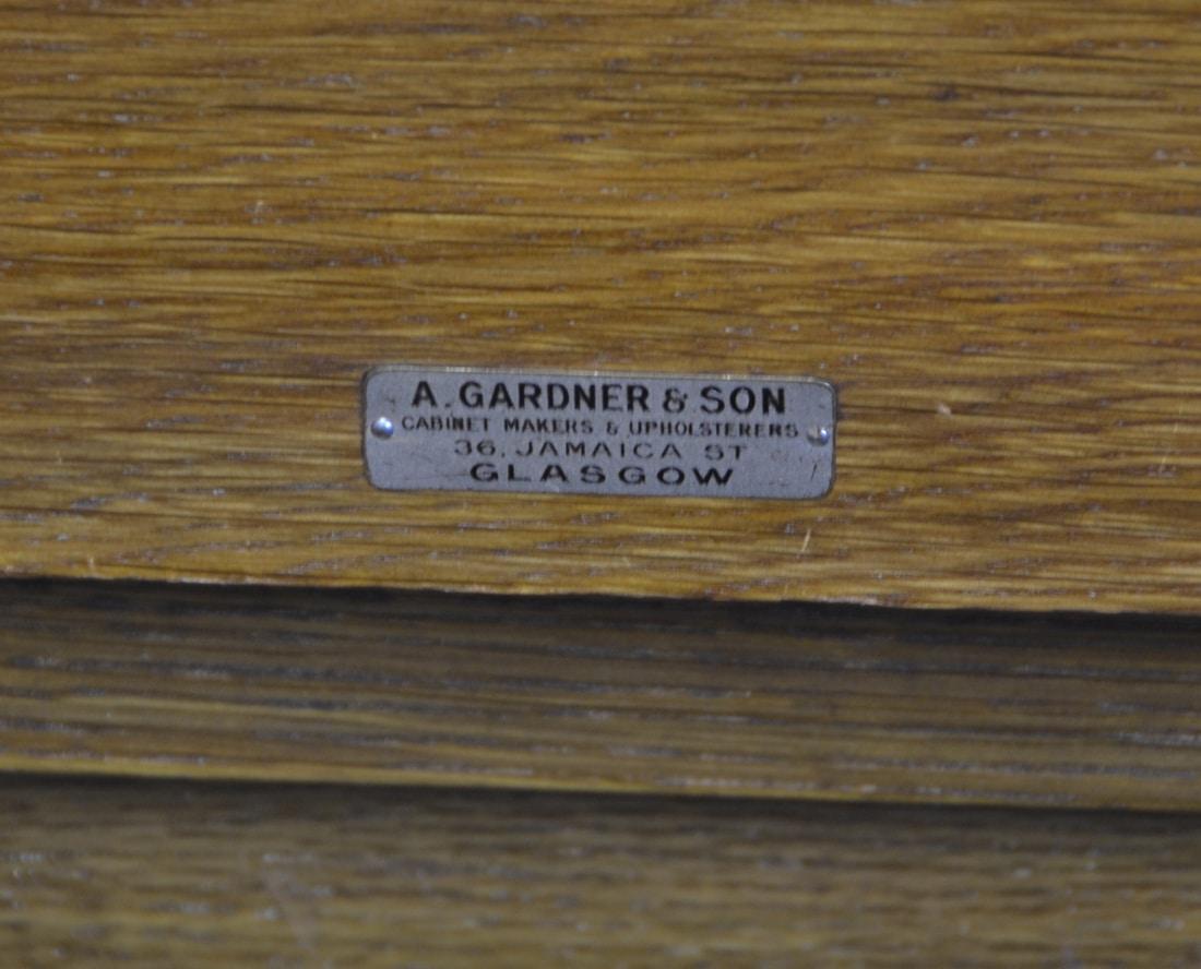 High Quality Edwardian Oak Gardner & Son Antique Bench