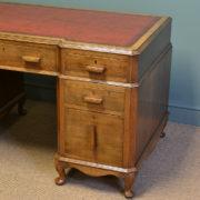 Superb Quality Stylish Art Deco Oak Antique Pedestal Desk