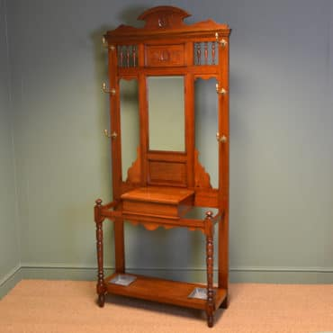 High Quality Victorian Arts & Crafts Walnut Antique Hall Stand