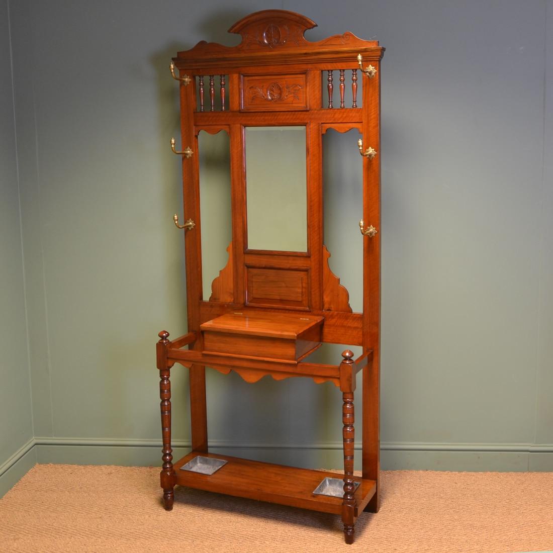 High Quality Victorian Arts & Crafts Walnut Antique Hall Stand
