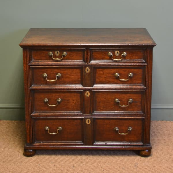 Early 18th Century Country House Antique Oak Chest Of Drawers