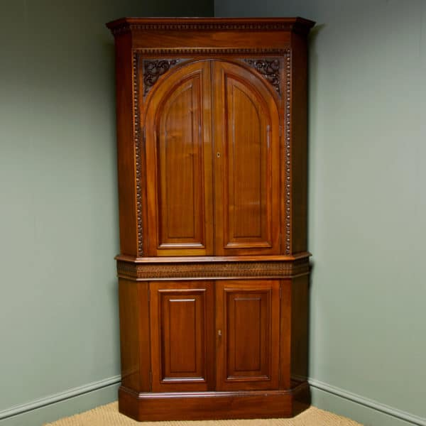 Magnificent Quality Victorian Walnut Antique Floor Standing Corner Cupboard