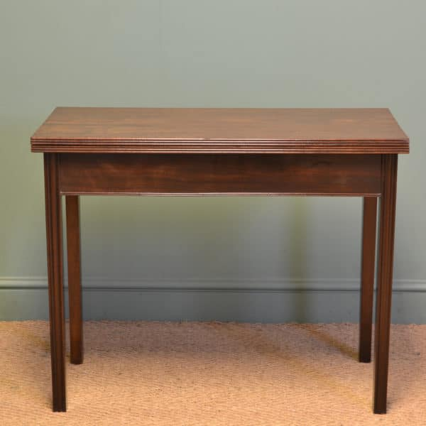 George III Antique Mahogany Tea / Side Table