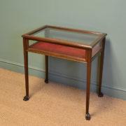 Fine Quality Edwardian Walnut Antique Bijouterie Table