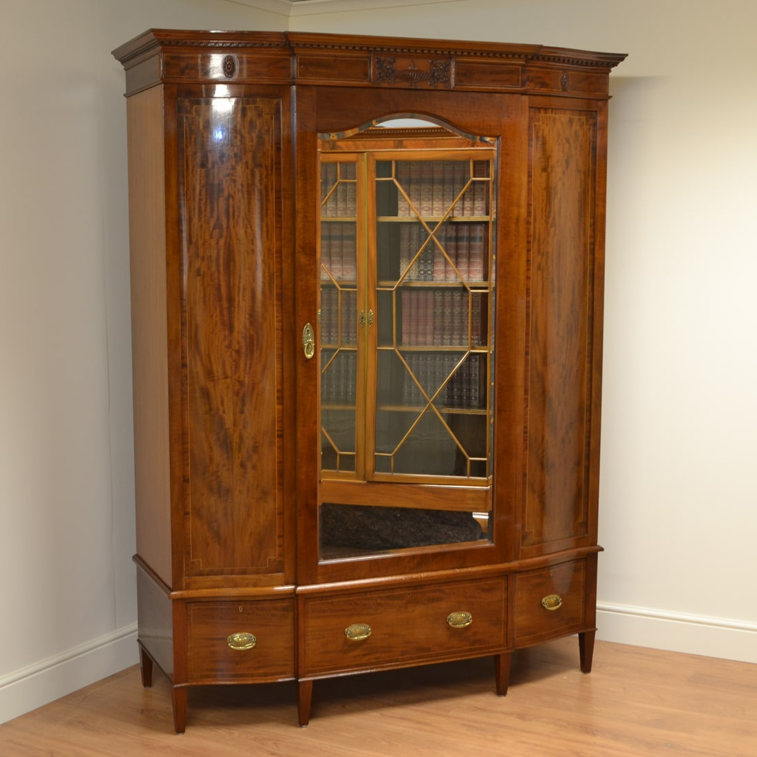 Spectacular High Quality Figured Mahogany Victorian Antique Wardrobe