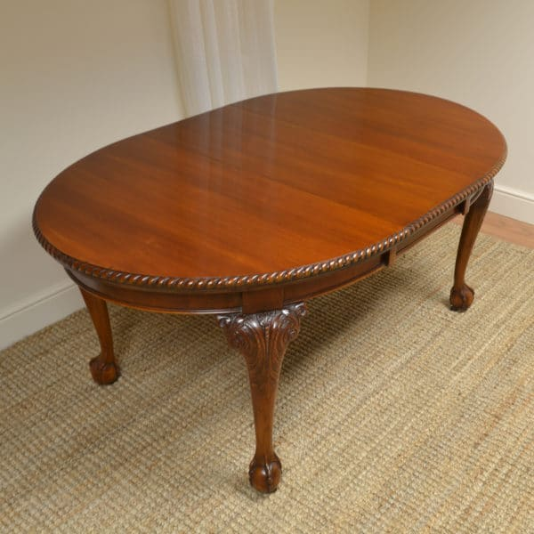 Edwardian Walnut Antique Wind out Extending Dining Table