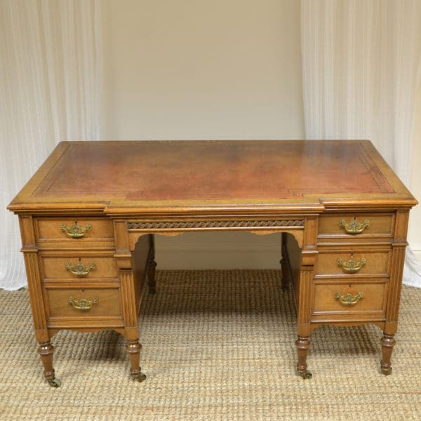 Superb Quality Victorian Golden Oak Antique Pedestal Desk