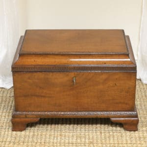 Spectacular Georgian Mahogany Small Antique Cellarette