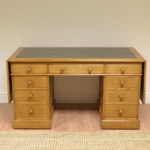High Quality Large Golden Oak Victorian Antique Pedestal Desk