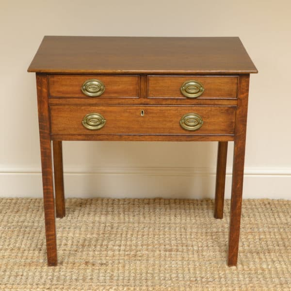 High Quality Georgian Oak Antique Low Boy / Side Table