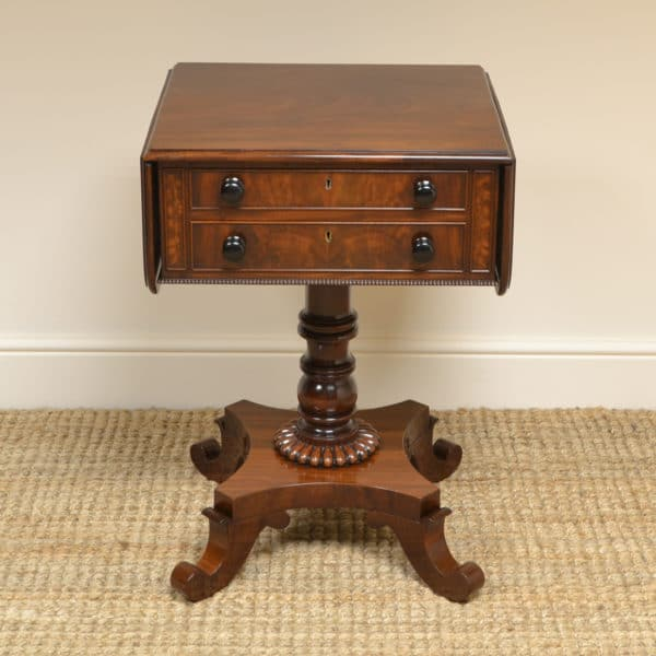 Gillows Quality Regency Mahogany Small Antique Sofa Table / Lamp Table