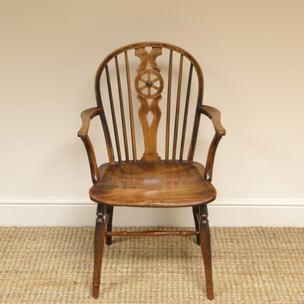 Country Georgian Elm Wheel Back Antique Windsor Chair