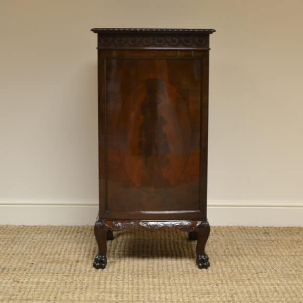 Quality Bow Fronted Edwardian Flamed Mahogany Antique Cabinet