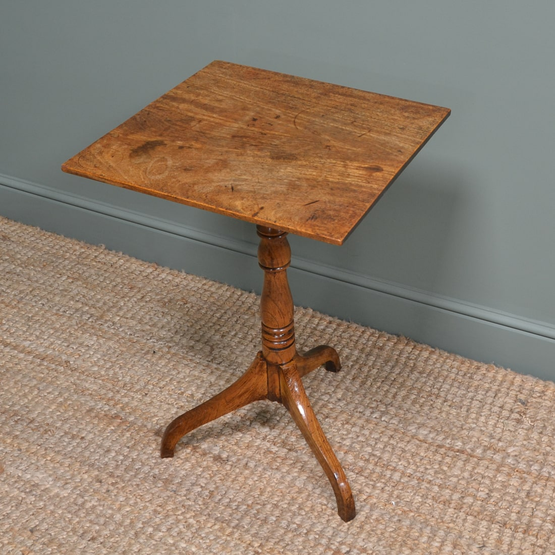 Country House Georgian Elm & Mahogany Antique Tripod Occasional Table