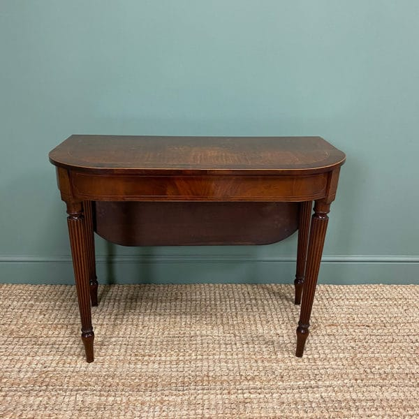 Country House Georgian Antique Side Table / Tea Table